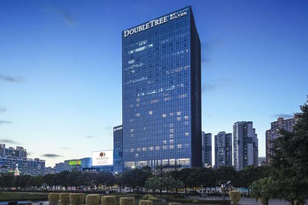 深圳龙华希尔顿逸林酒店