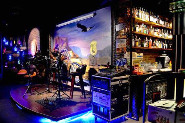 Eagle Restaurant & Pub